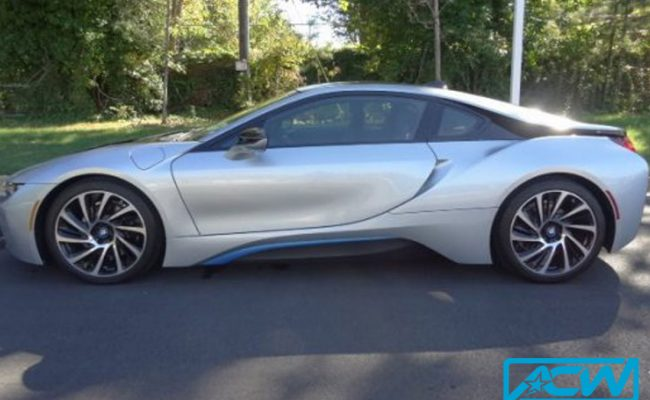 Custom-Vinyl-Wrap-BMW-i8-before