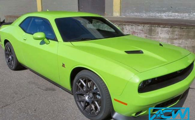 Custom-Vinyl-Wrap-challenger-rt-wrapped-hood